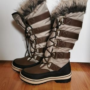 Harlow Brown Boots (Size 7)